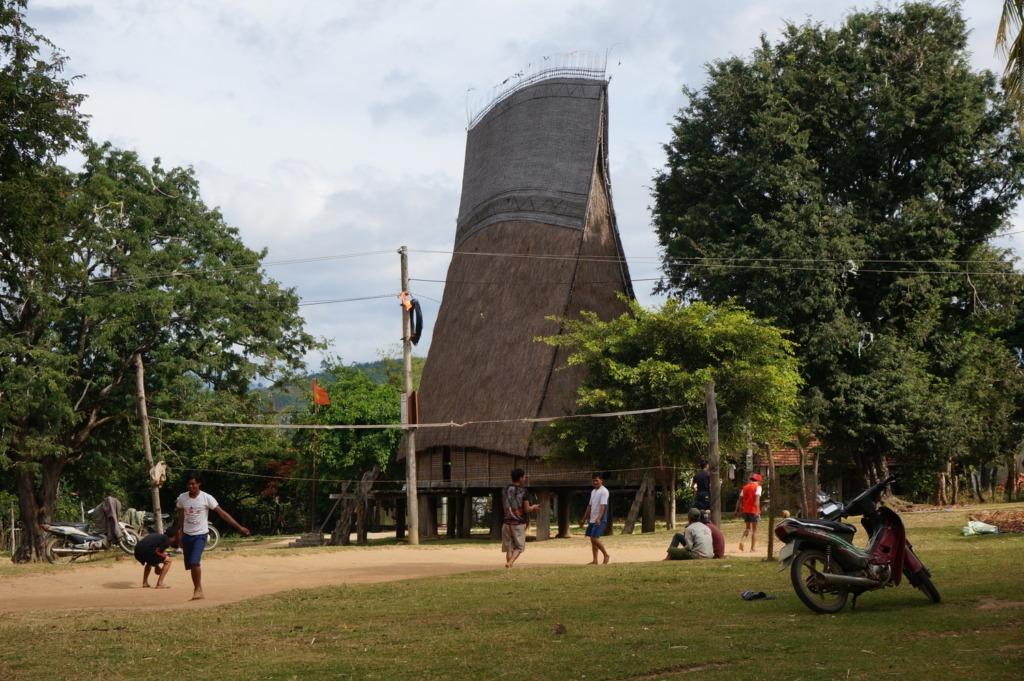 Rong house close to Kon Tum