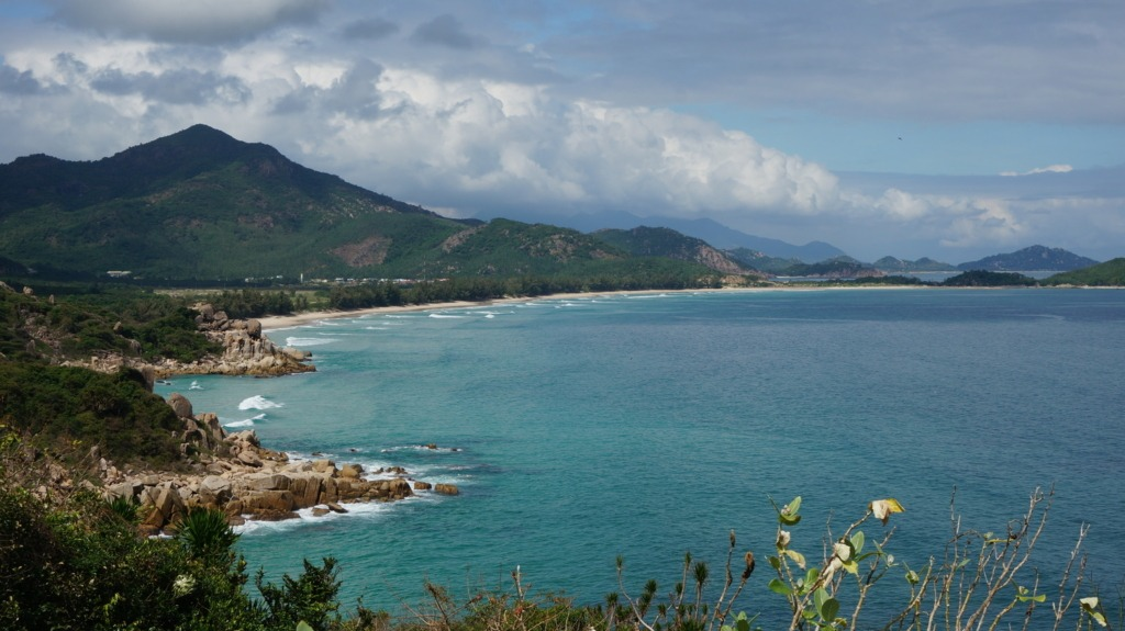 Binh Tien's beach from DT672